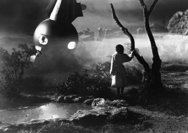 1950-the-man-from-planet-x-002-margaret-field