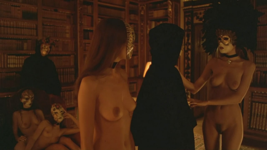 Abigail Good naked Eyes Wide Shut (11)