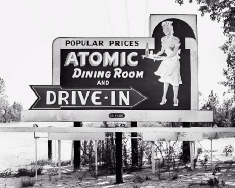 atomic-dining-room